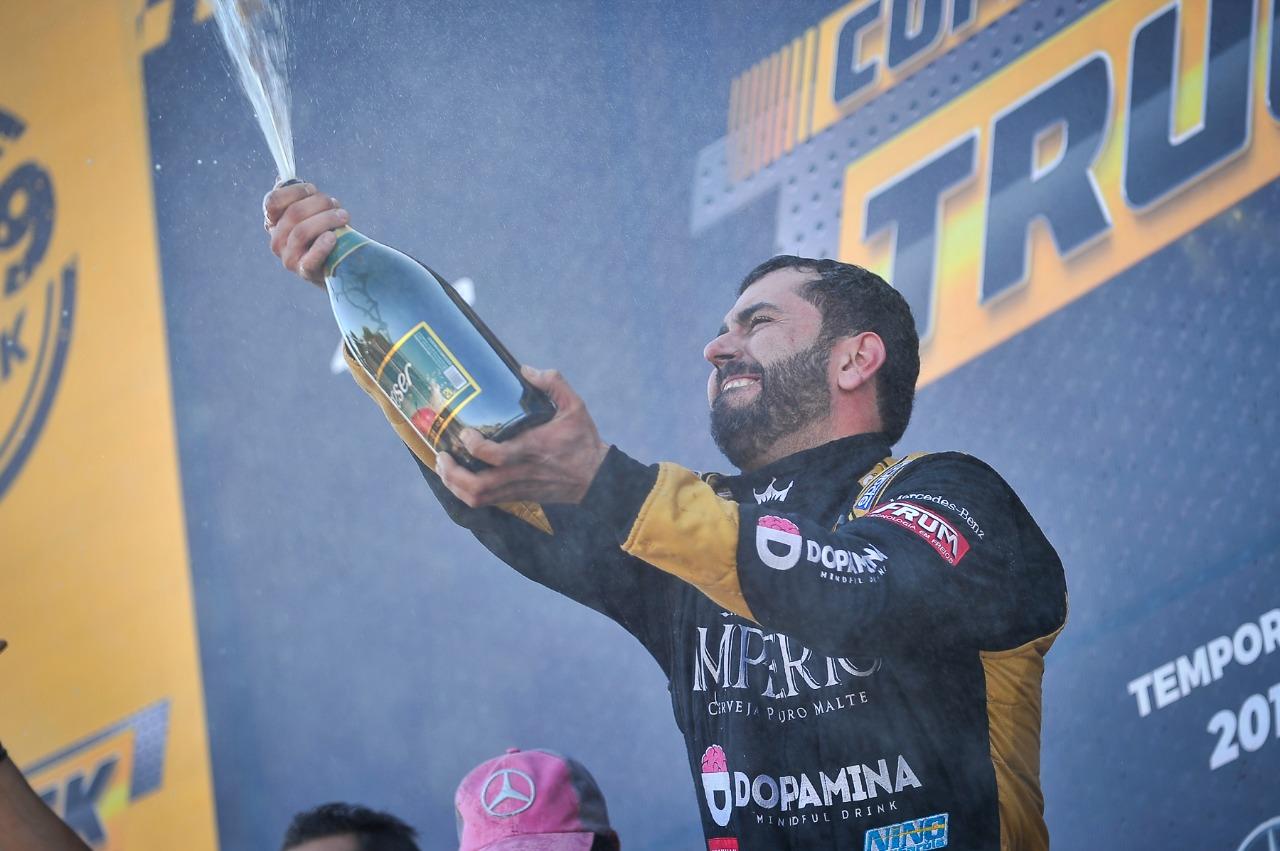Em Minas Gerais, André Marques é o campeão da Segunda Copa
